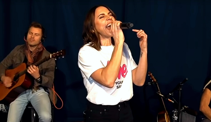 Mel C vol lof over Billie Eilish