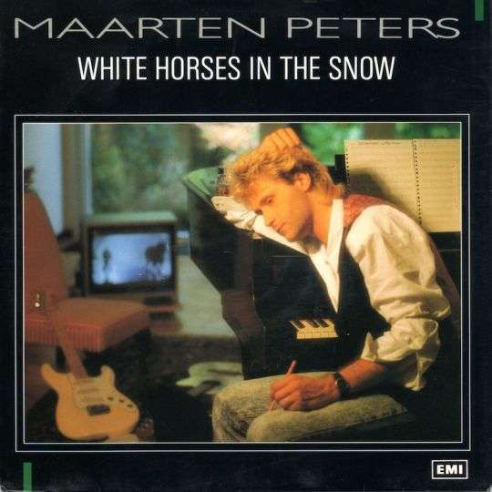 Coverafbeelding White Horses In The Snow - Maarten Peters