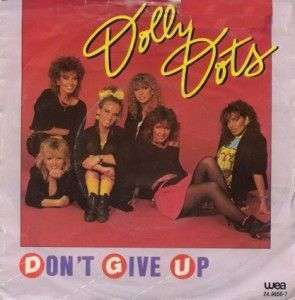 Coverafbeelding Don't Give Up - Dolly Dots