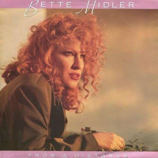 Coverafbeelding From A Distance - Bette Midler
